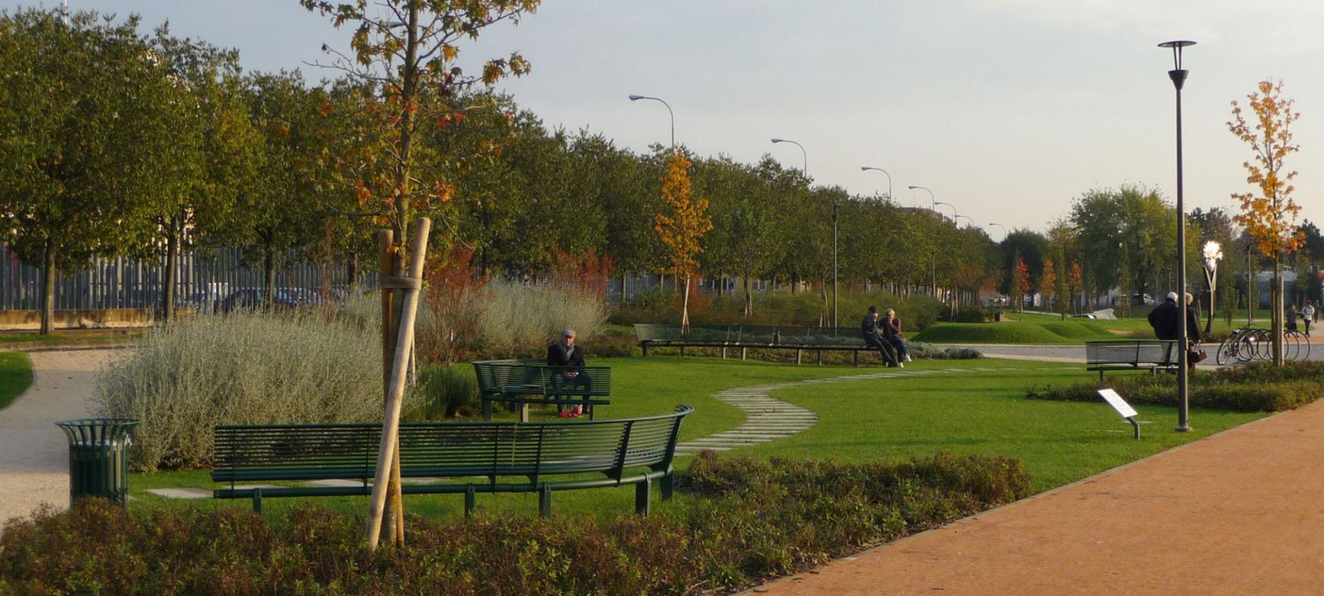 Land Park Rho, Milano