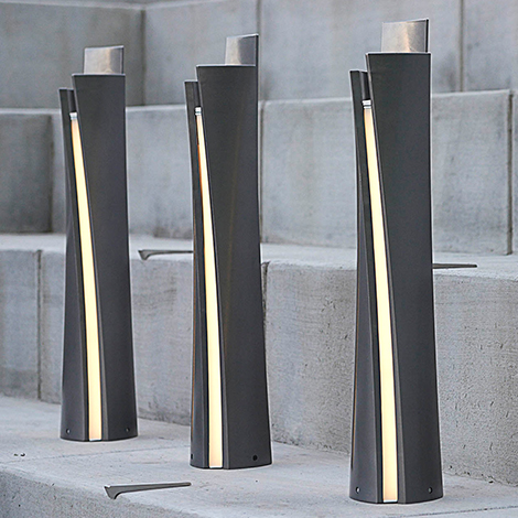 Guide Illuminated Bollard