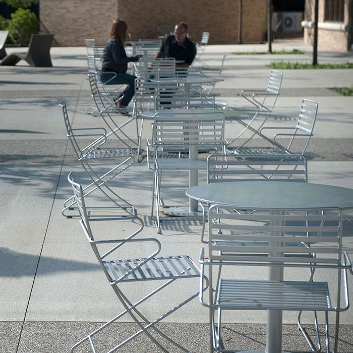 Parc Centre Table