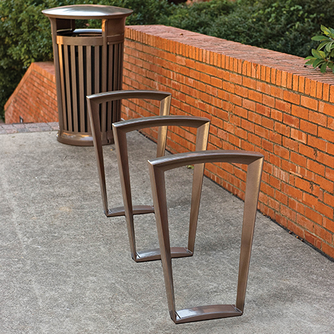Emerson Cycle Stand