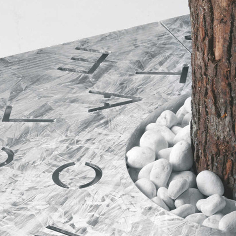 Littera Tree Grille