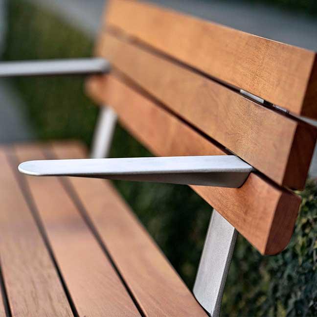 MultipliCITY Seat