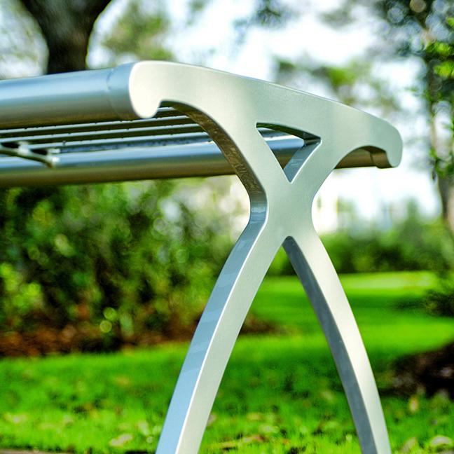 Parc Vue Bench