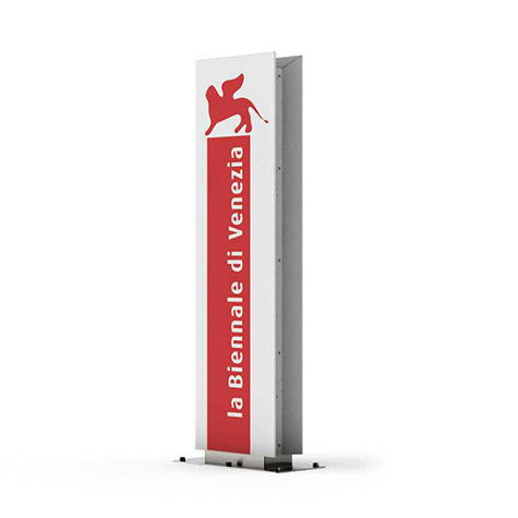 Ted Display Stand