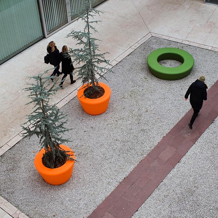 Loop Cone Planter