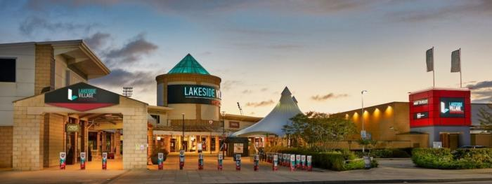 Benches, Litter Bins and GRP Planters for Lakeside Village Shopping Centre