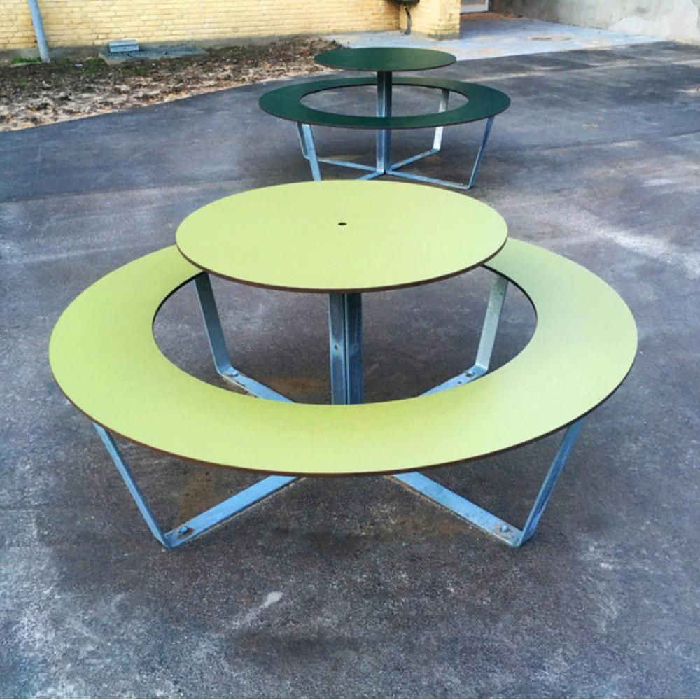 Vega Picnic Table