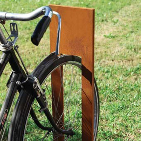 Clos Cycle Stand