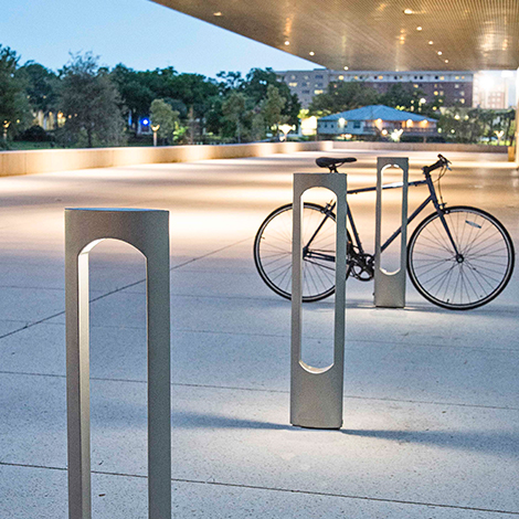 Reeder Monolith Cycle Stand